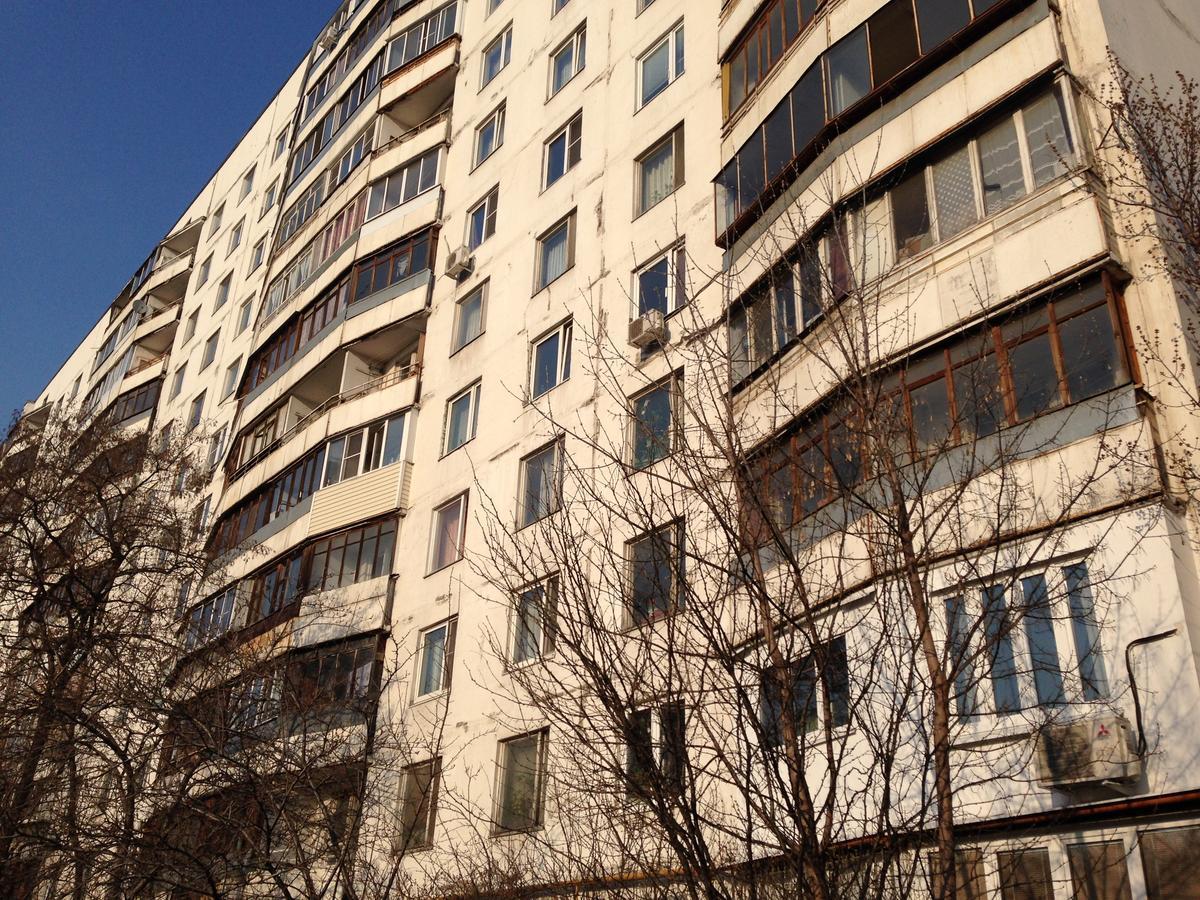 Остекление балконов в доме ii-57, заказать остекление лоджии.